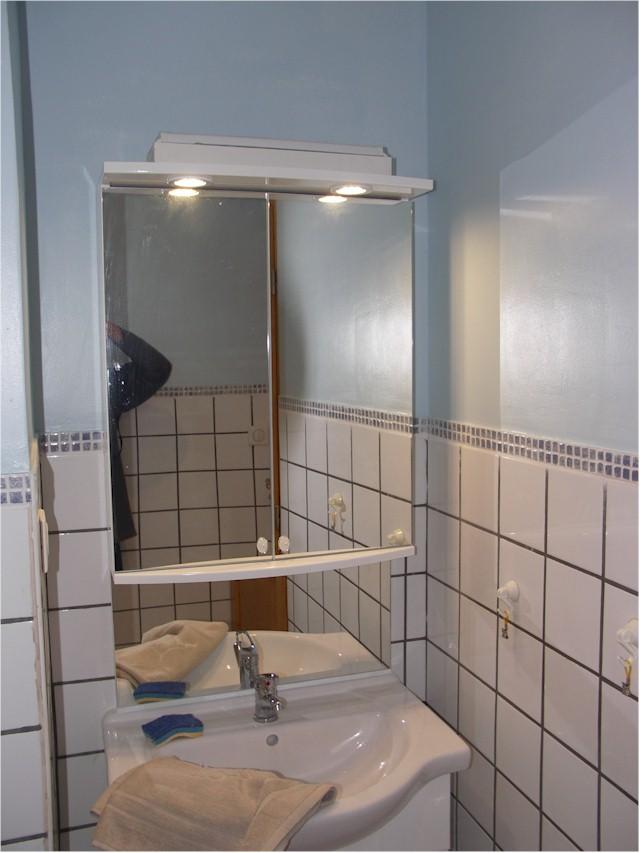 Salle de bain de la chambre Montcineyre.